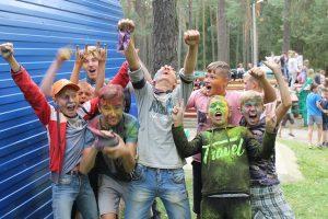 Краски Холи: фестиваль веселья