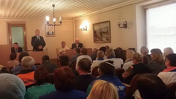 Сегодня в районе провёл приём граждан председатель Конституционного Суда Республики Беларусь Пётр Миклашевич