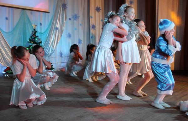 В районном Центре культуры и досуга в конце прошлой недели состоялся благотворительный концерт «Рождества волшебные мгновенья».
