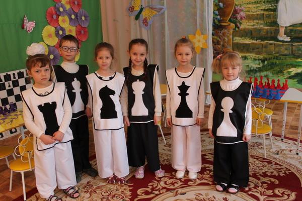 Первые шаги в мир шахмат и шашек